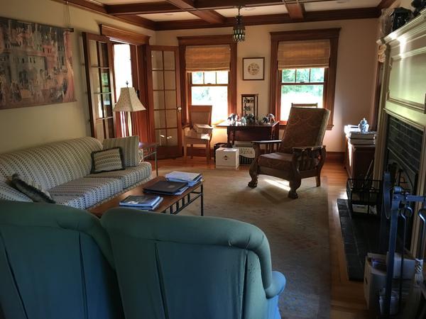 Housesitting assignment in Milton, Massachusetts, United States