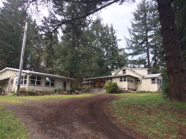 Housesitting assignment in Cottage Grove, OR, United States