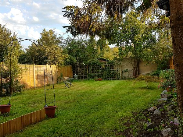 Housesitting assignment in Melksham, United Kingdom