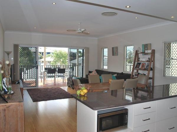 Housesitting assignment in Springfield Lakes, Queensland, Australia