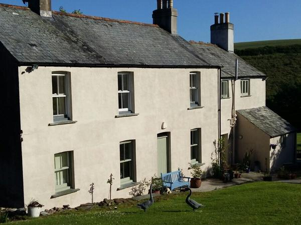We live in a rural setting in South East Cornwall and are looking for a house sitter to stay in our three bedroom house and look after our 20 year old cat and our chickens.