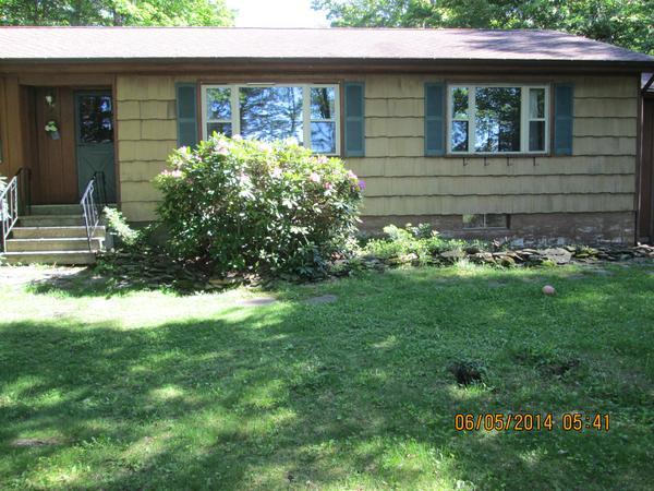 Housesitting assignment in Delanson, New York, United States