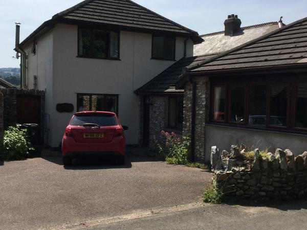 Housesitting assignment in Colyton, United Kingdom