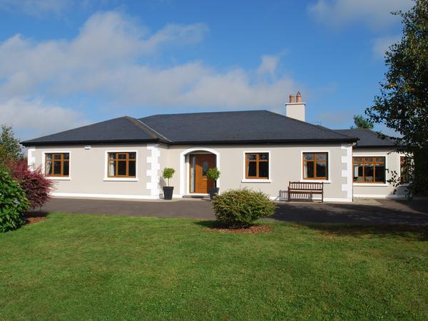 Housesitting assignment in Gorey, Ireland