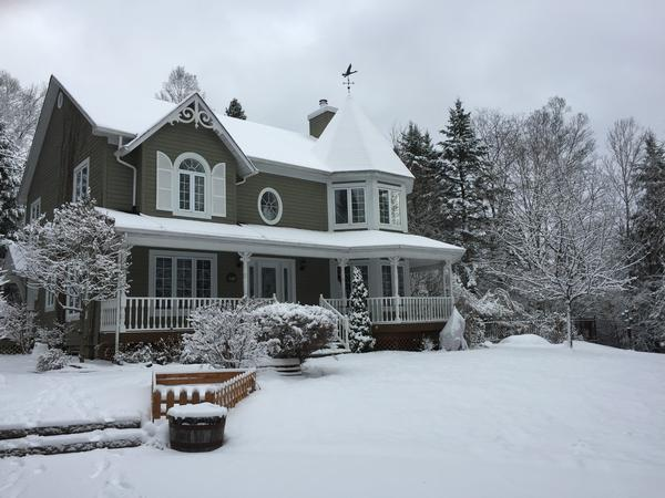 Housesitting assignment in Morin-Heights, Quebec, Canada
