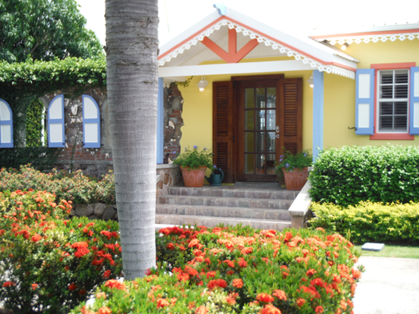 Housesitting assignment in Basseterre, Saint Kitts and Nevis