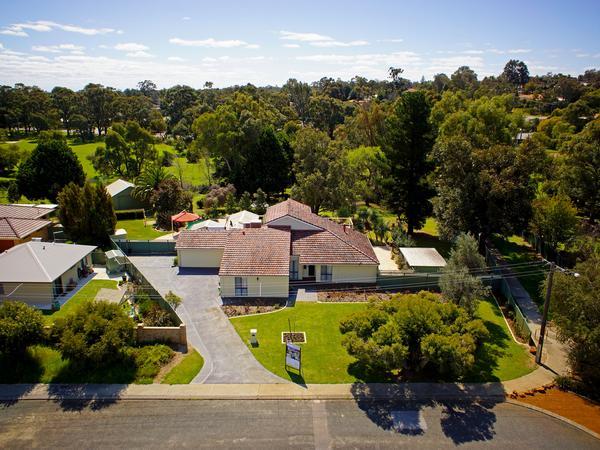 Housesitting assignment in Lesmurdie, Western Australia, Australia