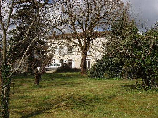 Housesitting assignment in Matha, France
