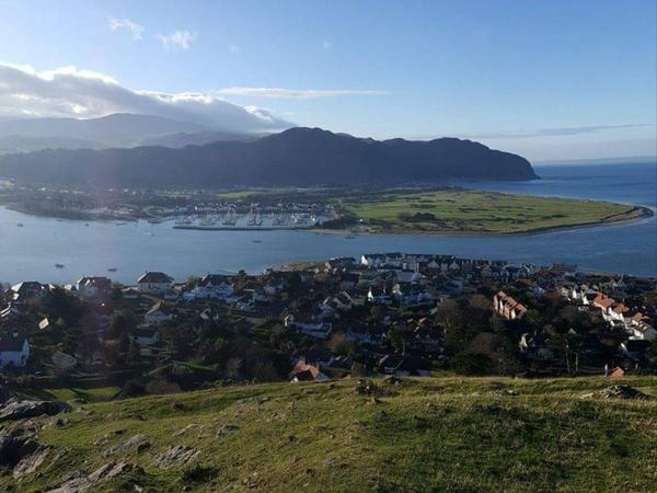 Housesitting assignment in Llandudno Junction, United Kingdom