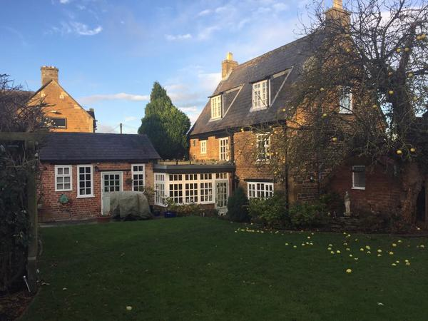 Housesitting assignment in Northampton, United Kingdom