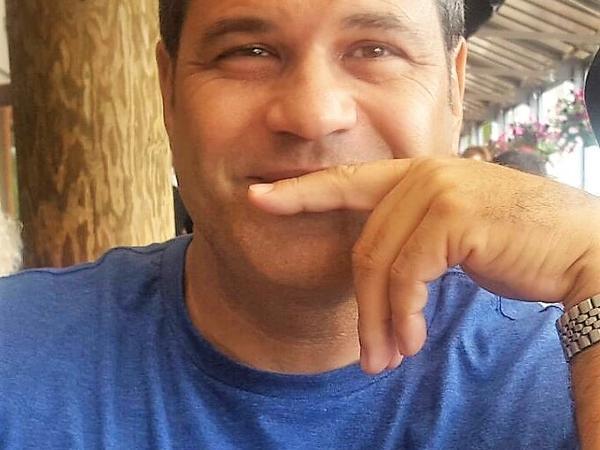 Carlos from La Paz, Mexico