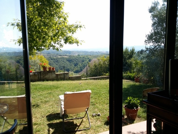 ENJOY TIME IN THE TUSCAN HILLS