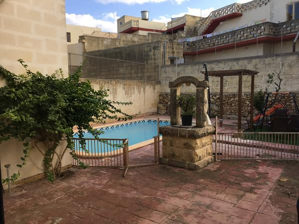 Housesitting assignment in Xewkija, Malta