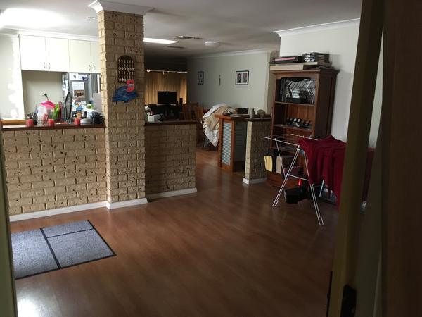 Housesitting assignment in High Wycombe, WA, Australia