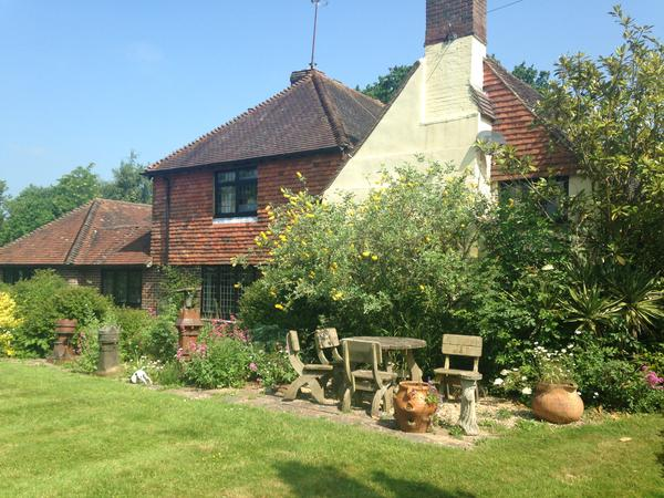 Housesitting assignment in Pulborough, United Kingdom