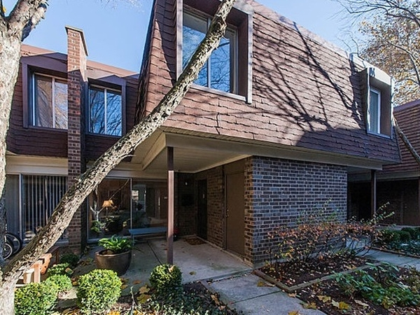 Peaceful Chicago Neighborhood Home w/ Very Cute Dog