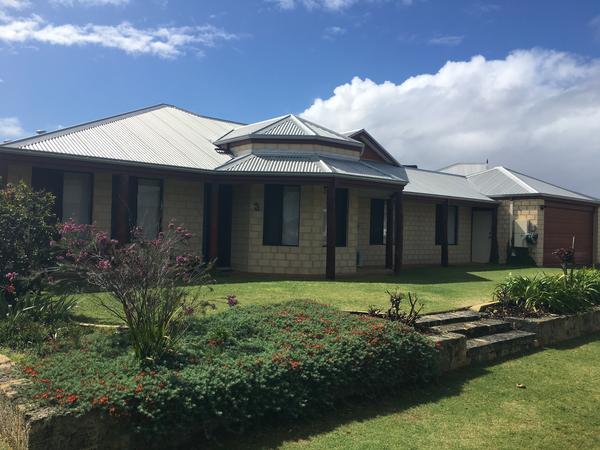 Housesitting assignment in Butler, Western Australia, Australia