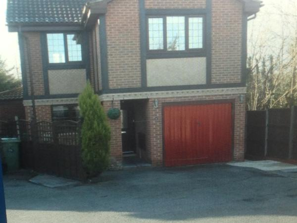 Housesitting assignment in Fareham, United Kingdom