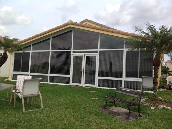 Housesitting assignment in Pembroke Pines, Florida, United States