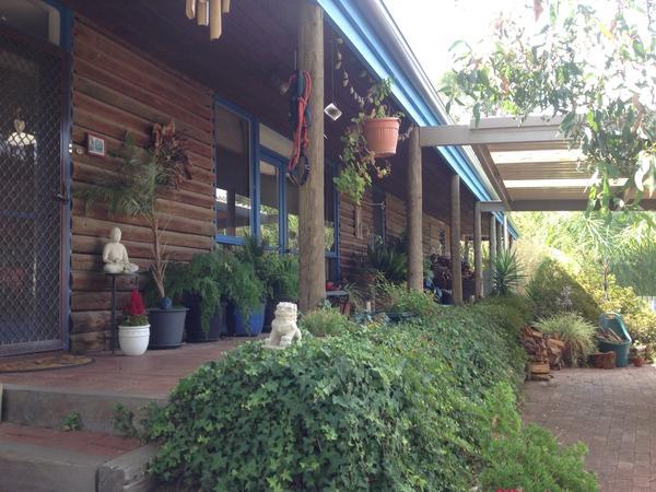 Housesitting assignment in Bridgewater, SA, Australia