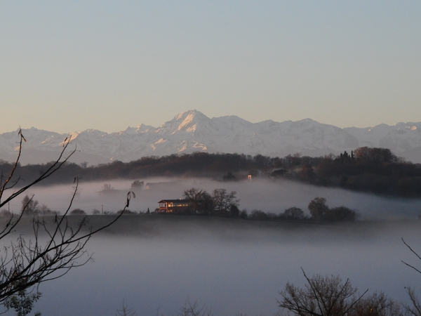 Housesitting assignment in Sarraguzan, France