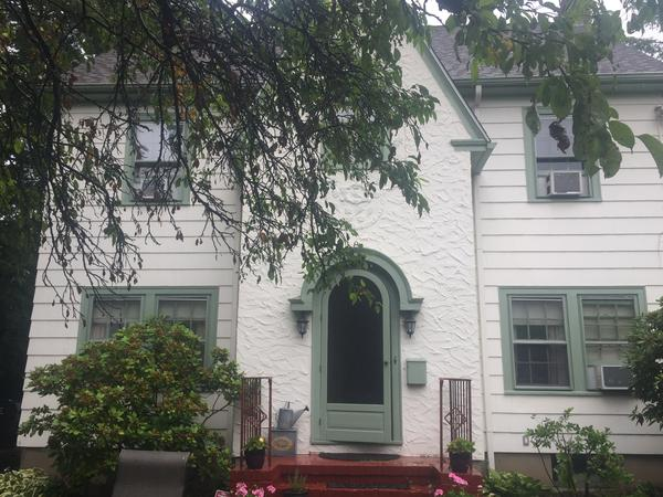 Housesitting assignment in West Hartford, CT, United States