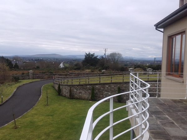 Housesitting assignment in Castlebar, Ireland
