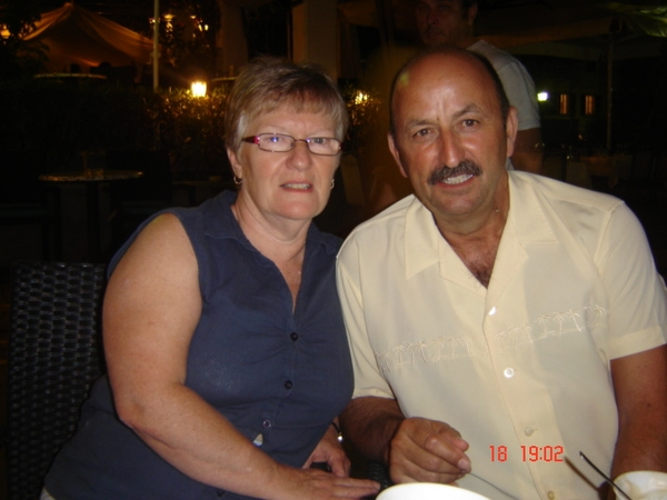 Barry & Diane from Plumieux, France