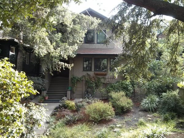 Lovely Arts and Crafts home in hip Oakland