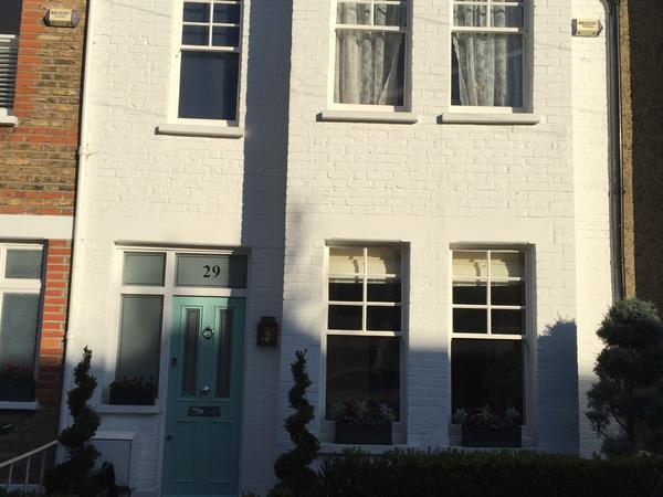Home sitter for house in beautiful Barnes SW London