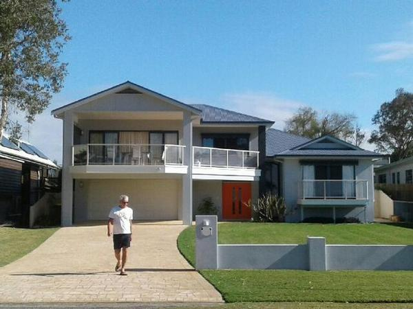 Housesitting assignment in Killarney Vale, New South Wales, Australia