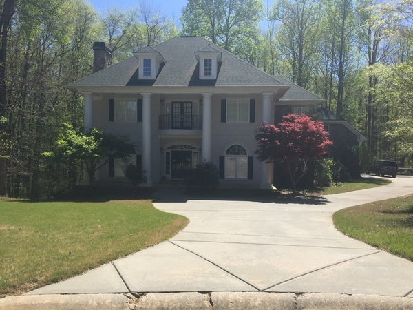 Beautiful Home 30 minutes south of Atlanta!