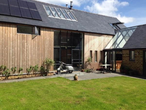 Stunning contemporary house in the middle of a chocolate box village in Oxfordshire.