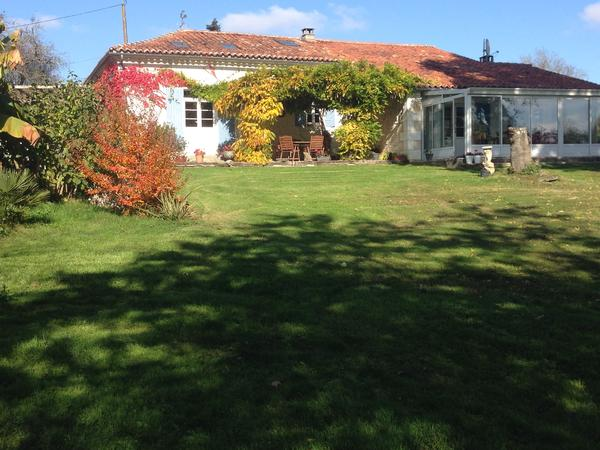 House and Pet Sitter(s) needed for my two cats in Yviers Nr Chalais, Poitou Charente.
