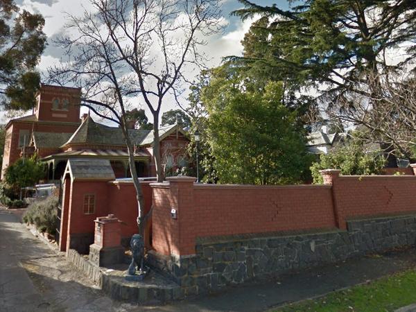 Housesitting assignment in Kew, Victoria, Australia