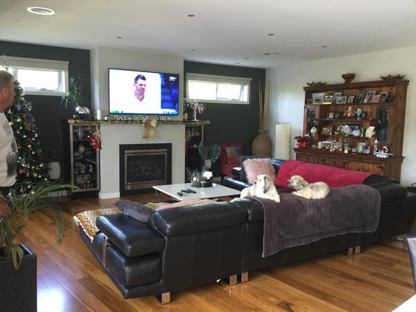 Housesitting assignment in Keilor East, Victoria, Australia