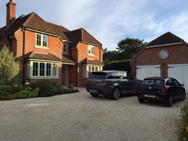 Housesitting assignment in Mentmore, United Kingdom