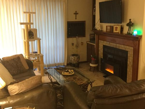 Housesitting assignment in Aurora, Colorado, United States