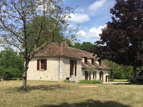 Housesitting assignment in Issigeac, France