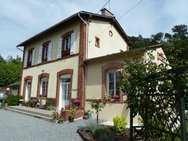 Housesitting assignment in Loyat, France