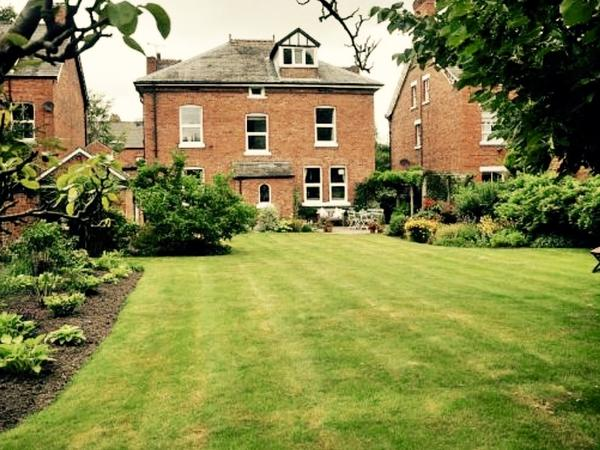 Housesitting assignment in Northwich, United Kingdom