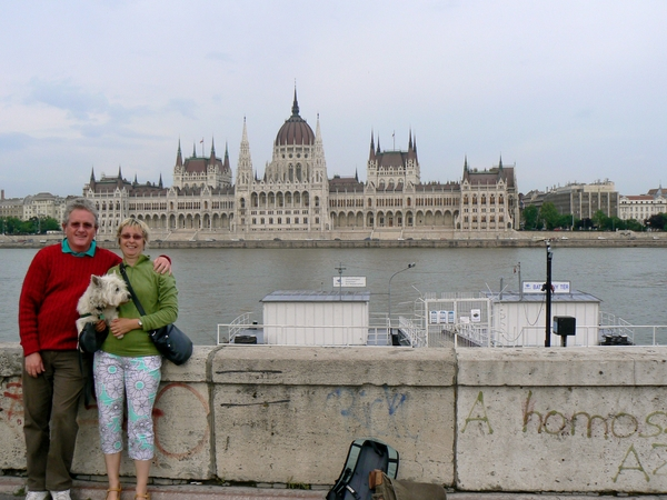 Malcolm & Ruth from Valencia, Spain