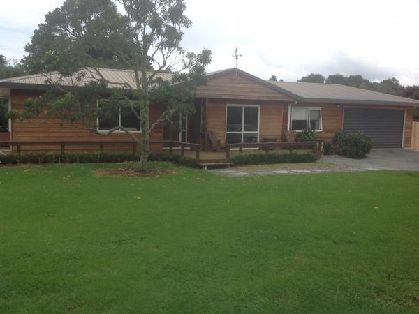 Housesitting assignment in Mangawhai, New Zealand