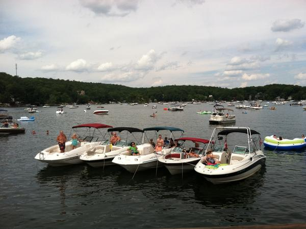 Housesitting assignment in Hopatcong, New Jersey, United States