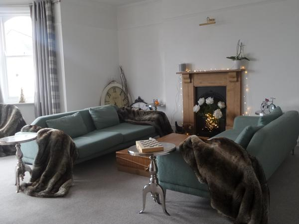 Large flat/2 cats- TUNBRIDGE WELLS/less than an hour from London