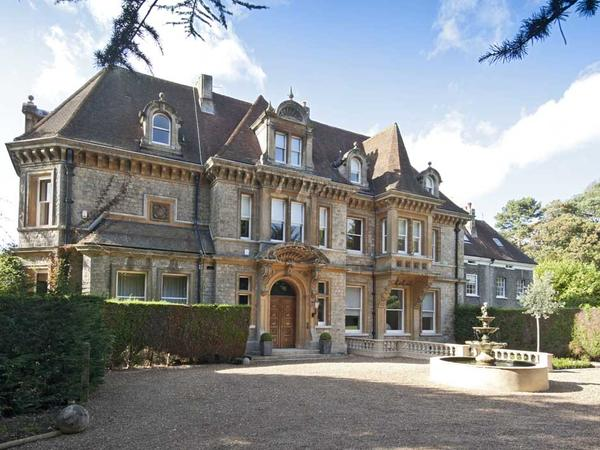 Escape over New Year to a country house in Surrey for  6 days .