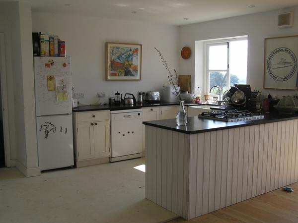 Ludlow Food Festival Weekend! Pet/house-sitter needed for our home, dog, cat and fish in rural Shropshire, near the beautiful market town of Ludlow.