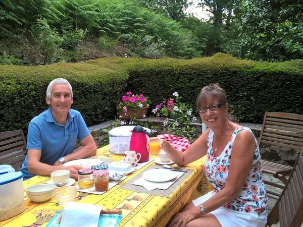 Stephen & Helen from Locarn, France