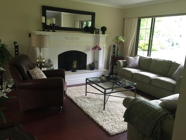 House and Pet sitter required for April 16- May12   2018