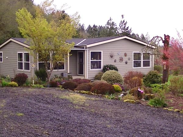 Housesitting assignment in Lyons, OR, United States